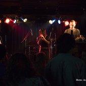 ...musicasten in RedClub (LoopFest) - 1