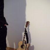 wand-gitarre-ich