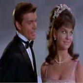 John Davidson & Leslie Ann Warren