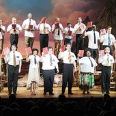 ""\""""Hello! (Reprise)"""" - 'The Book of Mormon' on Broadway""170|170|?|en|2|277c44487eb80d32fb32eb354daa7722|False|UNLIKELY|0.3368533253669739