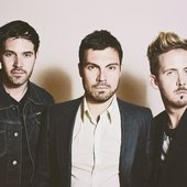 Young-Empires-bestfan.jpg