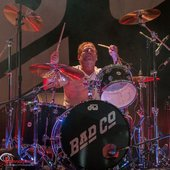Simon Kirke – drums, backing and occasional lead vocals, percussion, guitars (1973–1982, 1986–1999, 2001–2002, 2008–present) Bad Company