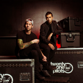 twenty one pilots by andrew lipovsky