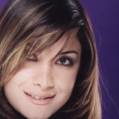 Aline Khalaf23