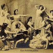 Soloists and corps de ballet in Alexander Gorsky's revival of the Minkus/Saint-Léon Le Poisson doré. Moscow, circa 1905.