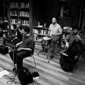 Miki Nervio & The Bluesmakers