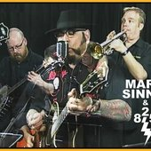 Mark Sinnis & 825 (his band)