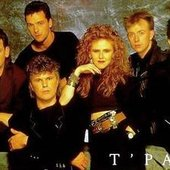 T'Pau group shot