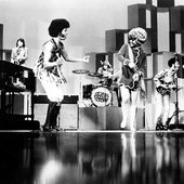 sly_and_the_family_stone_2_990_660_m.jpg