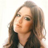 Kelly Clarkson                                              - www.CdsCompletos.net