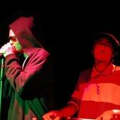 Mestizo & Mike Gao
