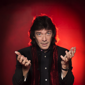 Steve Hackett in red aura
