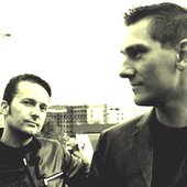 Original Cue to Recall 2001      -      The first official bandphoto, by Melinda Leung