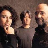 Ryuich Sakamoto and Morelenbaum