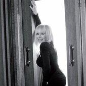 """Лили Иванова - \""""Жената днес\"""" (фотосесия за списанието)"""