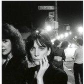 Godlis' photo of Patti Smith outside CBGB in 1976