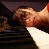 Melissa Czarnik in the studio