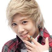Lee Hong Ki (이홍기)