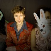 Stef Kamil en twee hippe konijnen!