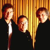 Bill Bruford With Ralph Towner And Ralph Gomez
