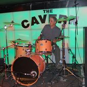 "Guillermo tocando en ""The Cavern Club\"" (Liverpool, mayo 2009)"