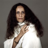 Maria Bethânia 3.png