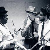 Ben Webster, Niels Jørgen Steen og Arnvid Meyer i pladestudiet i 1965.