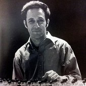 Steve Reich with a phase shifting pulse gate at the Whitney Museum of American Art. © 1969 Richard Landry.
