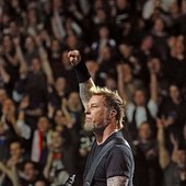 Hetfield - Fist Up