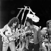 Eddie Van Halen & Michael Jackson - Beat It