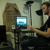 the bearded acoustic boy