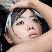 Hiromi, Beyond Standard photoshoot