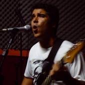 Alexandre Gandhi (Guitarra/guitar)