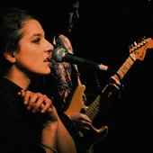 Charlotte&Magon on stage in Paris