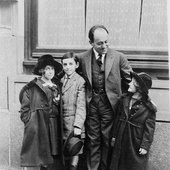 Ernest Bloch mit Kindern in Amerika
