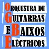 Orquestra de guitarras e baixos eléctricos