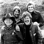 Willie Nelson, Waylon Jennings, Johnny Cash, Kris Kristofferson