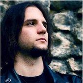 Sandro (Bass & Gesang)