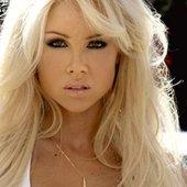 Candice Hillebrand Nude Photos 29