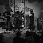 Dale Cooper Quartet & The Dictaphones in concert 2011-11-03 (Moscow)