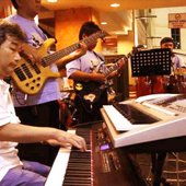 """All That Jazz\"" Live with \""PHINISI Jazz Band\"""