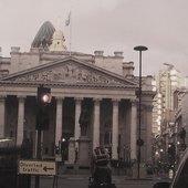 PARALOUD: Bank London