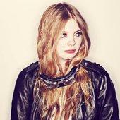 Samantha Savage Smith