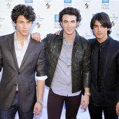 Joe Jonas; Kevin Jonas; Nick Jonas
