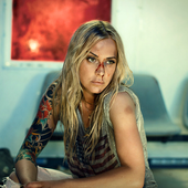 Anouk For Bitter Or Worse (2)