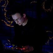 DJ Leenie