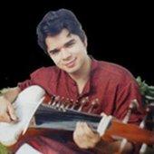 Arnab Chakrabarty, Class Apart