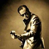 joe-bonamassa-announces-march-2012-uk-arena-tour