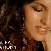 Elika Mahony (vocals)