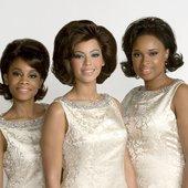 Anika Noni Rose, Beyoncé Knowles, and Jennifer Hudson